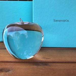 BOGO🎉HP💗Tiffany & Co. Crystal Paperweight